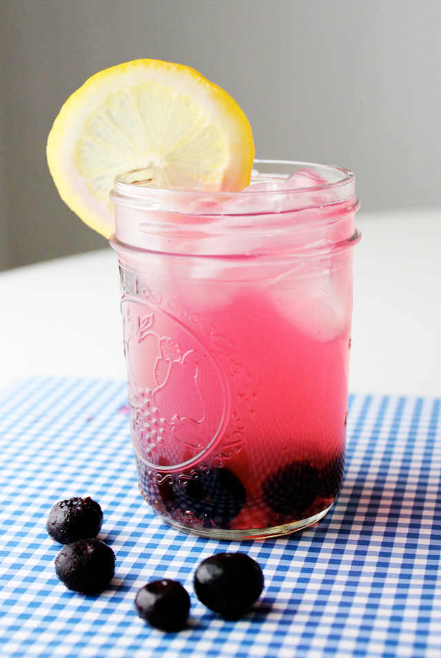 Bottoms-Up-blueberry-lemonade.png